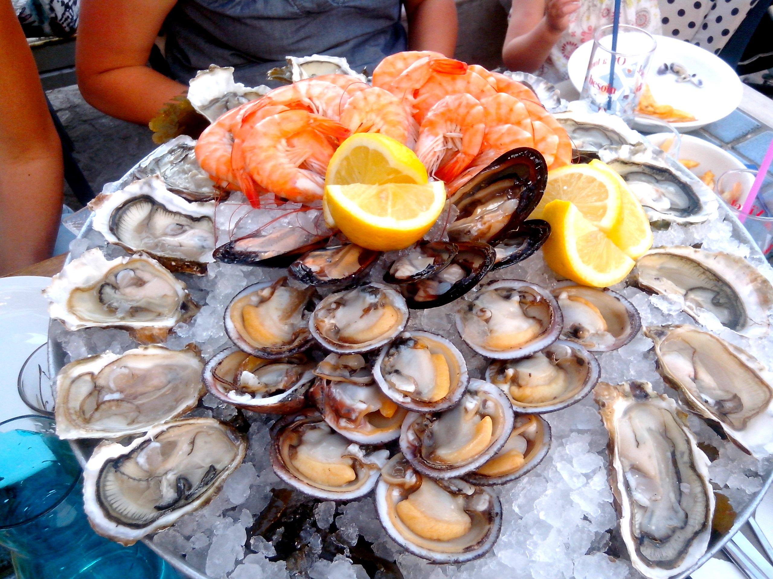 Restaurant l 39 aquarium le grau du roi bobstronomie ca for Lac salonique grau du roi