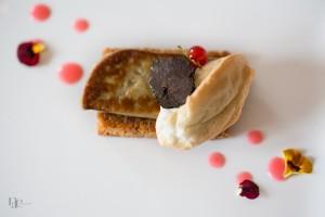 Luc Neyhouser – Foie gras, truffe, tuile de pain d'épices et coulis de groseilles